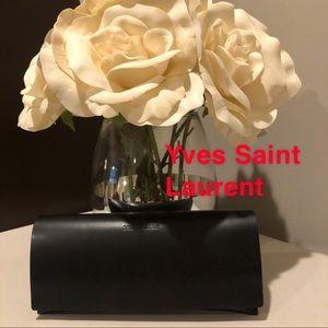 Yves Saint Laurent Pouch